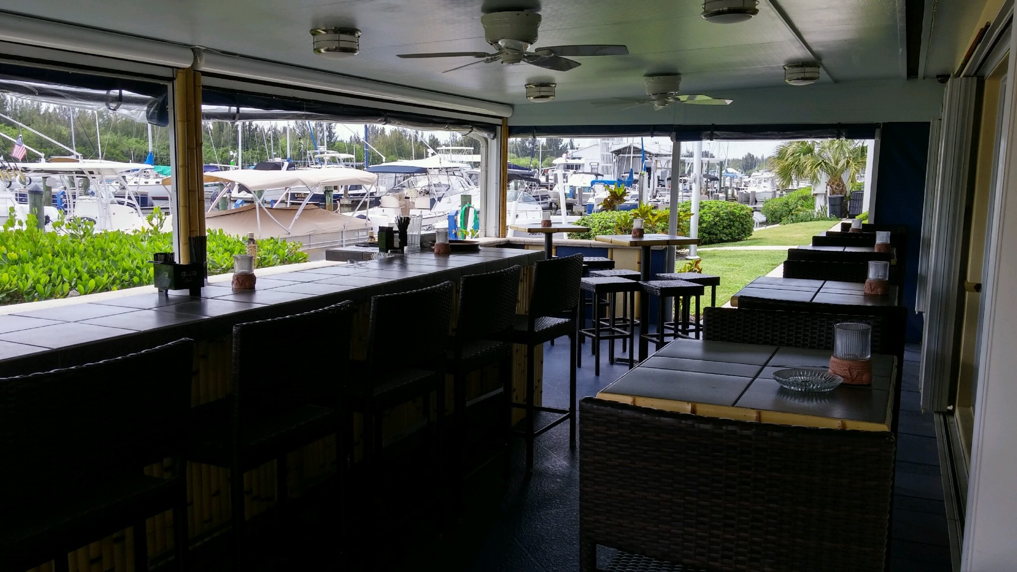Tiki Patio Bar Vero Beach Yacht Club